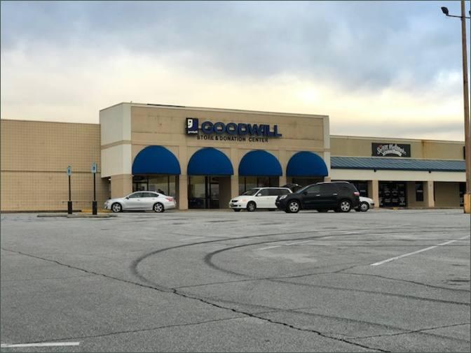 Hillwood Shopping Center